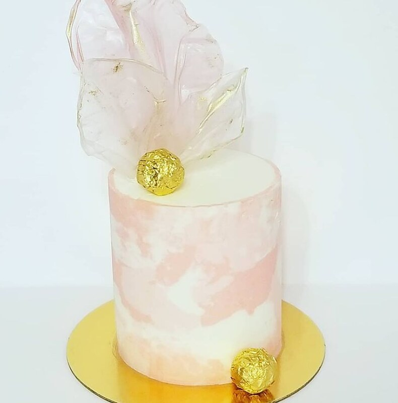 Cake by Layers and Lace Cake Design