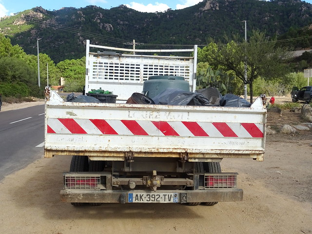 Pont de Purcilella : début du remplissage du camion