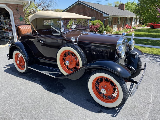 Ford Model A Roadster DeLuxe 1930