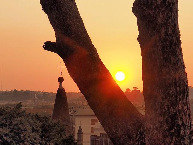 Coucher de soleil à Rome..sunset in Rome