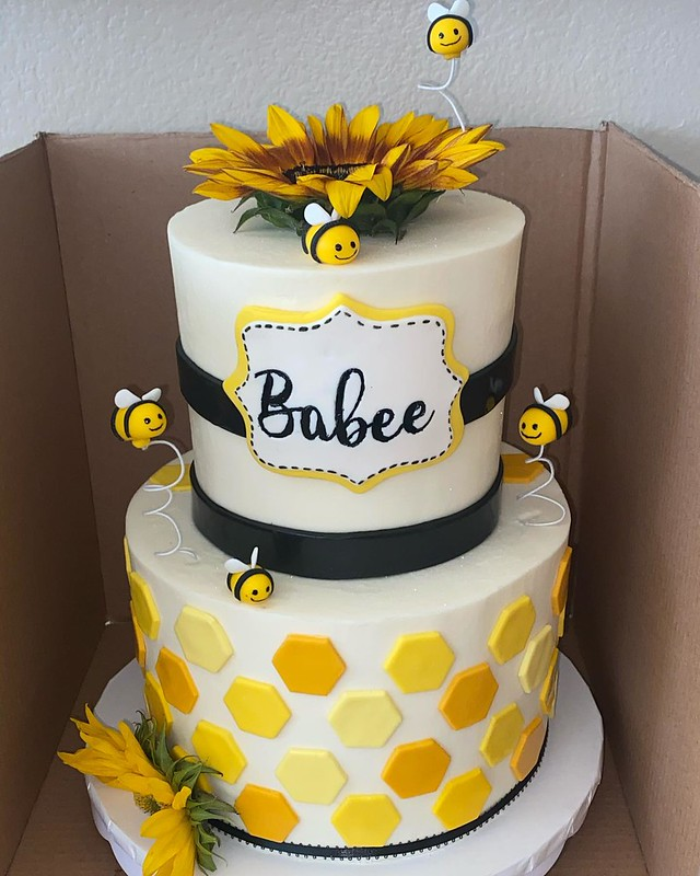 Cake by Sweet LaVette's