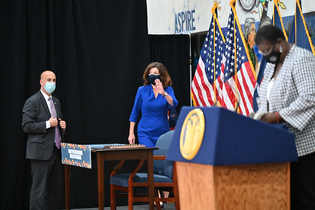 Governor Hochul Signs Legislation Helping Homeless, Disabled and Elderly SNAP Recipients to Purchase Prepared Meals