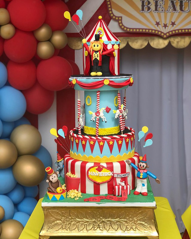 Cake by Amazing Cake Creations