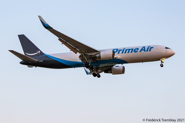 Amazon Prime Air / Operated By Cargojet Airways / Boeing 767-338(ER)(BDSF) / C-GAZF / YVR