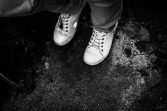 Des pas.