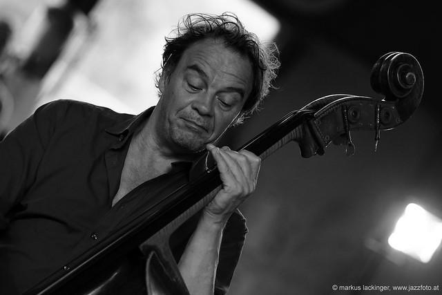 Jan Roder: Bass