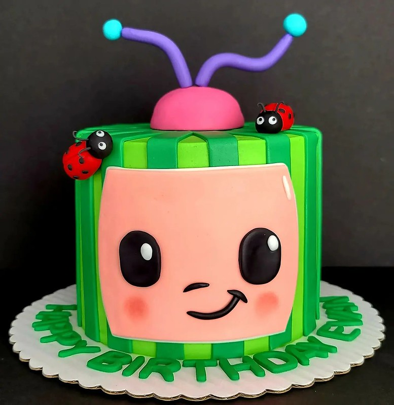 Cake by D3lightful Cakes