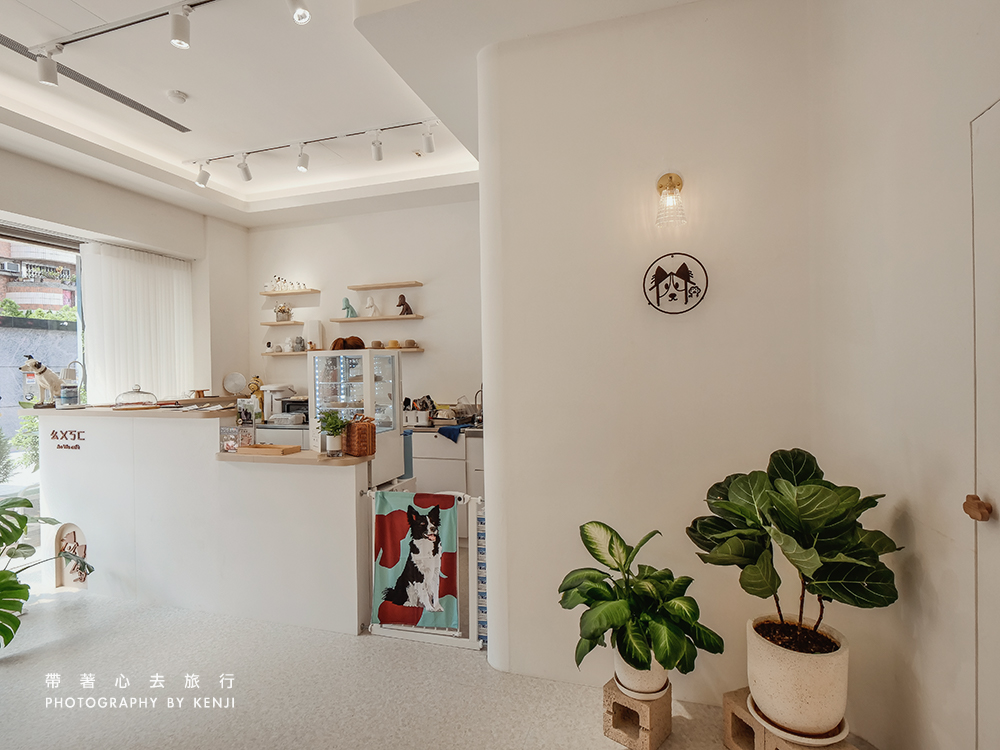aowu-cafe-6
