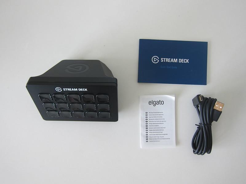 Elgato Stream Deck MK.2 - Box Contents