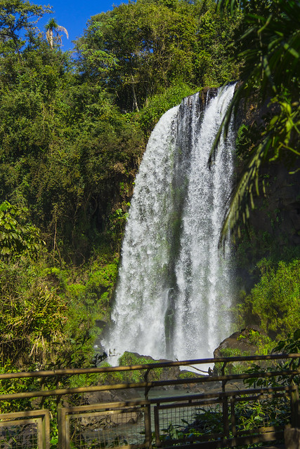 Misiones Pto. Iguazu Parque Nacional Pasarela Circuito Bajo Salto Dos Hermanas Vista Pasarela Argentina