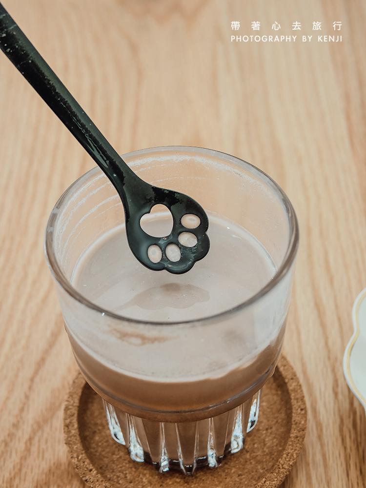 aowu-cafe-17