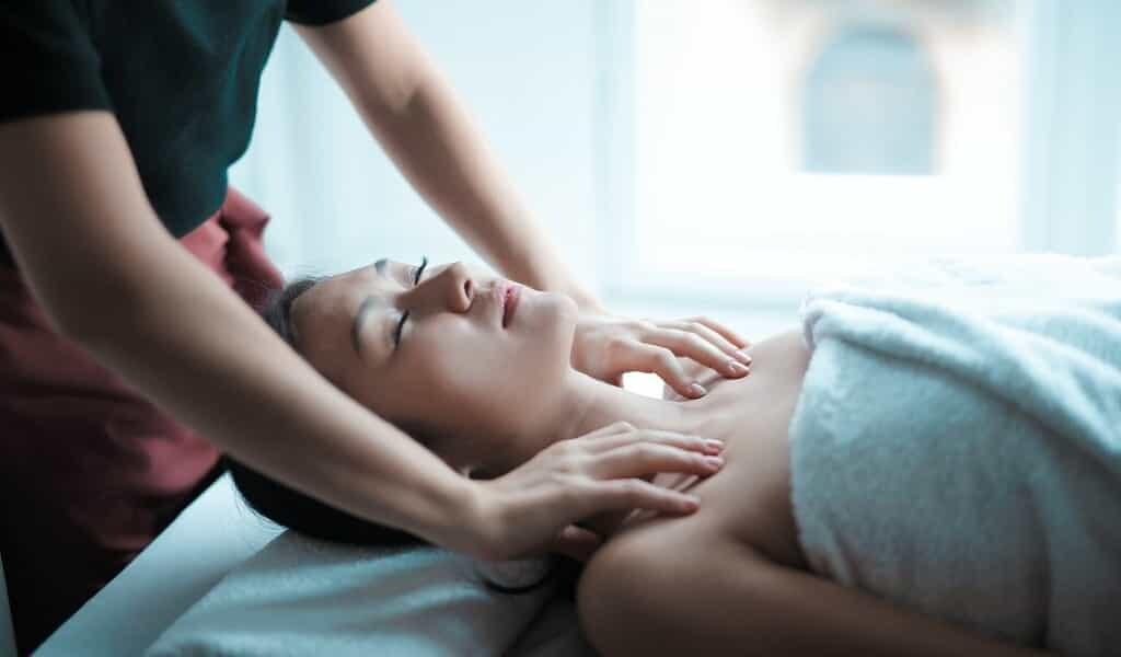 le-massage-des-muscles-favorise-la-guérison