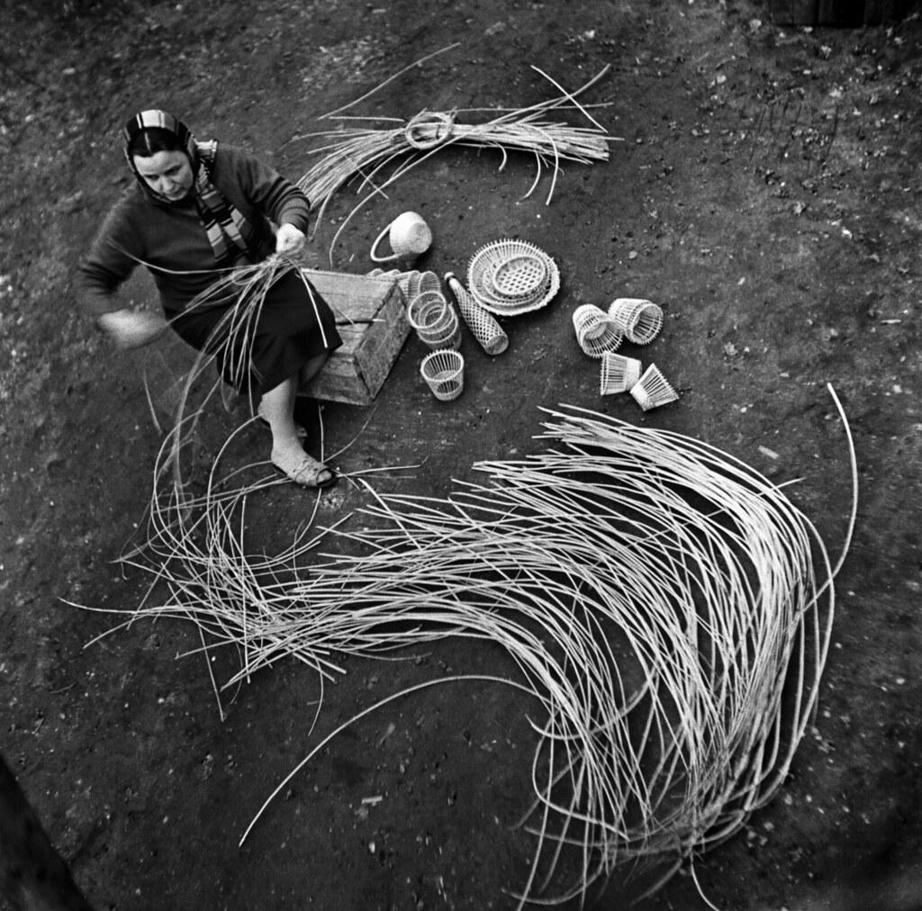 1965. Сумка плетеная