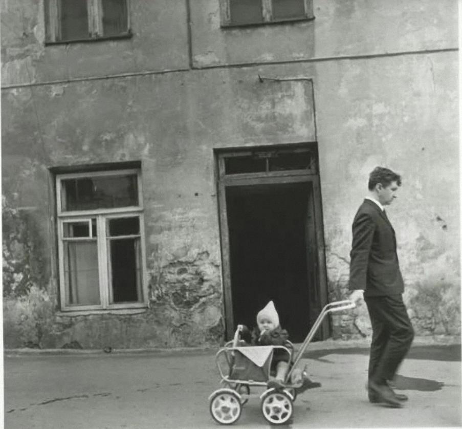 1966. Стена. Лайнис и Синас