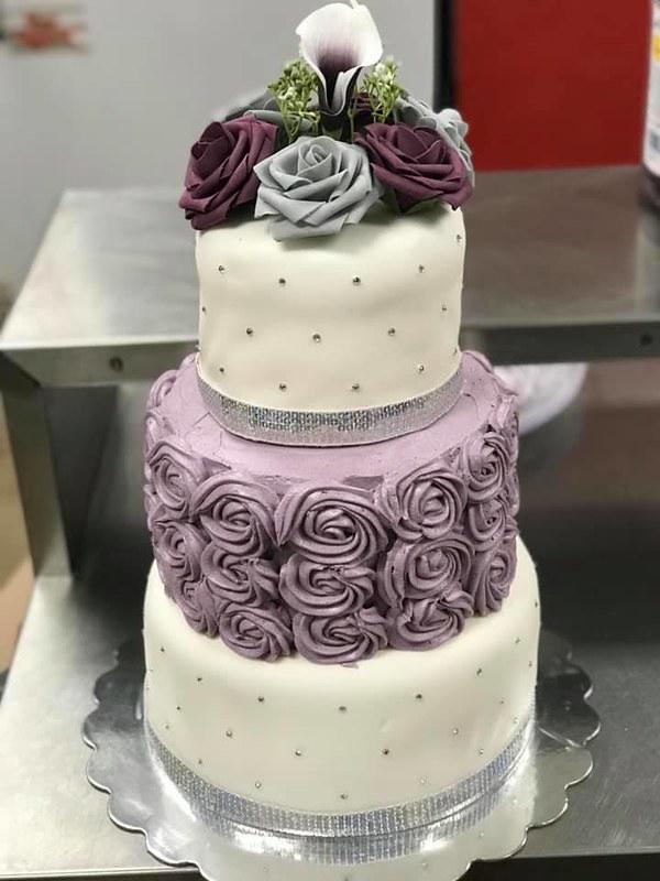 Cake by Kim's Custom Cakes