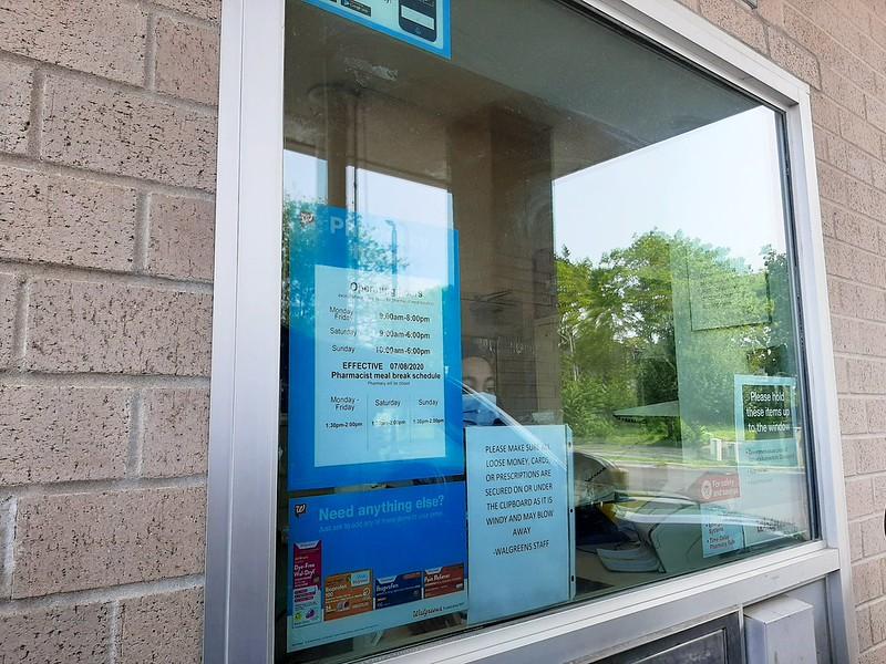 COVID-19 drive-thru lab test at Walgreens Pharmacy, Lincoln City (2)