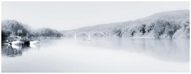 """""""Si mi barco escapa de la vista, no significa que mi viaje termine, simplemente significa que el río dobla"""". Enoch Powell."""
