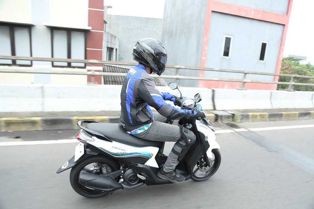 Pentingnya Safety Riding di Jalan