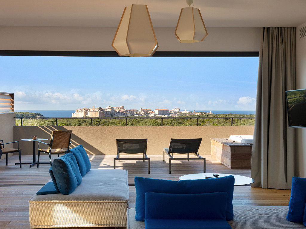 Hôtel 5 étoiles Corse Version Maquis Citadelle Bonifacio