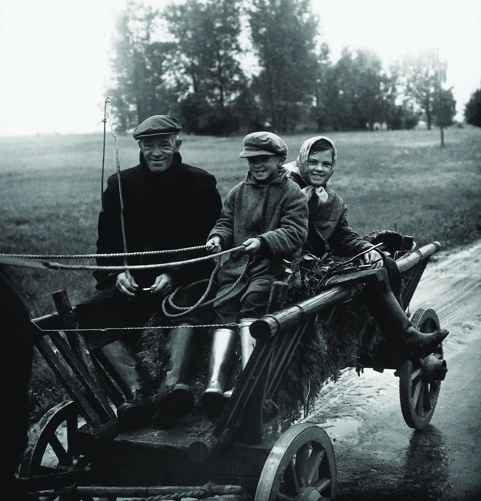 1967. В отцовской повозке. Аукштайтия