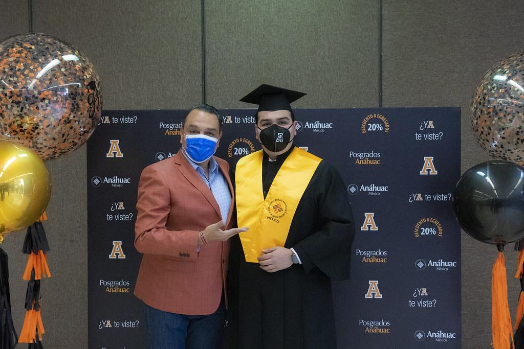 Ceremonia Solemne de Graduación de Licenciatura, Generación 2020. 06 de octubre del 2021.