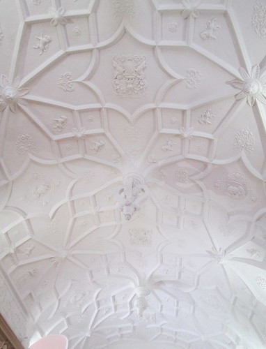 Glamis Castle, Drawing room ceiling