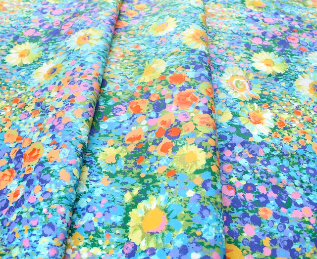Robert Kaufman Fabrics Painterly Petals SRKD-19148-205 Zinnia Garden Multi