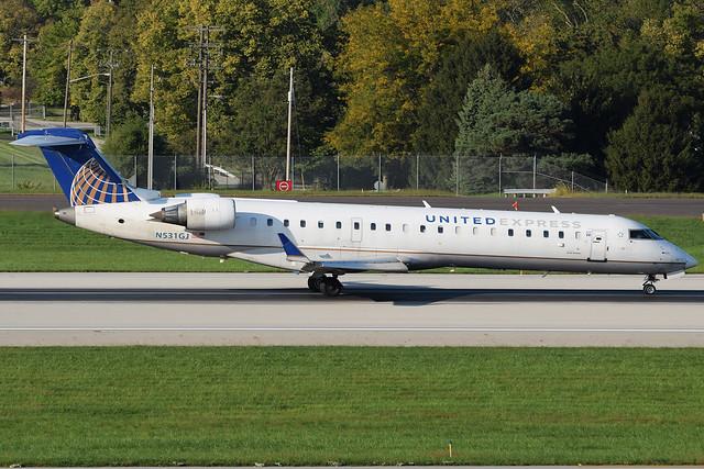 United Express CRJ-550 N531GJ at KCMH