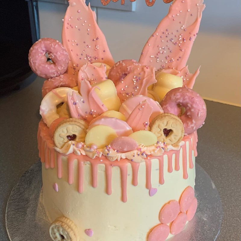 Cake by Little Birdy Bakes