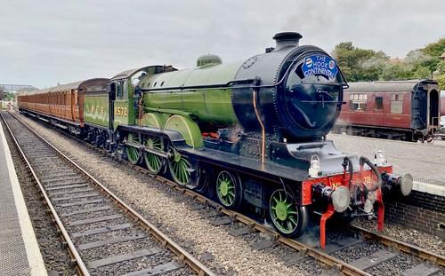 8572 'LNER' Class B12 4-6-0. Beyer Peacock built steam Locomotive /2 of 2 on Dennis Basford's railsroadsrunways.blogspot.co.uk'