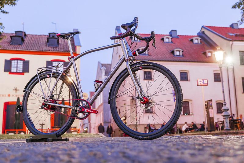 Custom titanium Rohloff gravel bicycle WITTSON Effugio 327