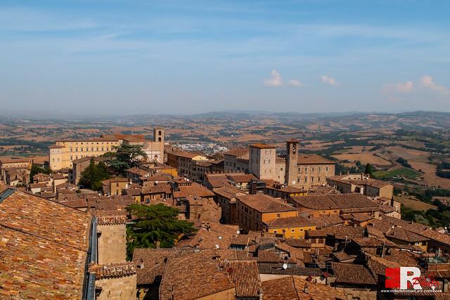postcard from Todi