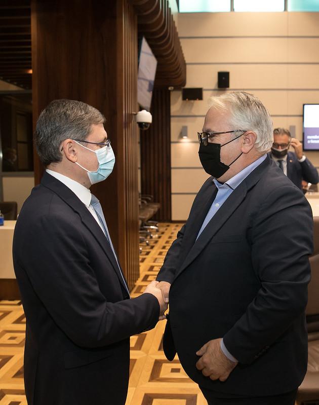 08.10.2021 Întrevederea Președintelui Parlamentului, Igor Grosu, cu membrii delegației Comisiei pentru cultură și media a Senatului României