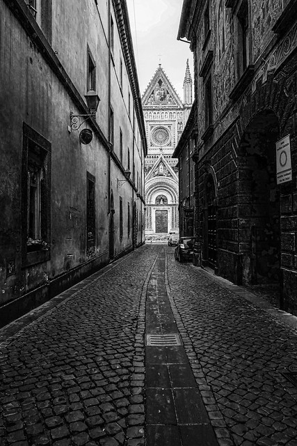 At the end of the street the Duomo. Orvieto