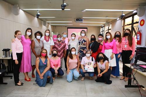 """Projeto Papo de Mulher: """"Outubro Rosa e o Câncer de mama: Vamos falar sobre isso?"""""""