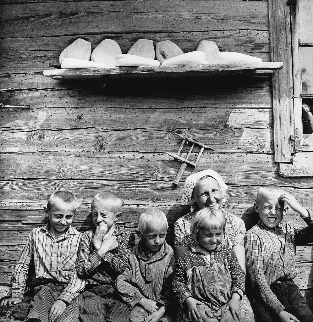 1967. Педишкяй. Литовская семья