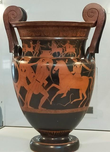 Cratère attique à volutes, 460 av. JC, musée archéologique, Agrigente, Sicile.