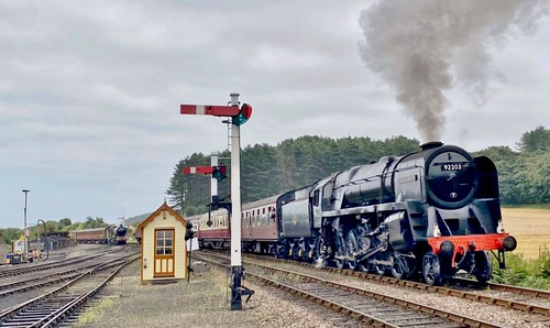 92203 'British Railways' class 9F Swindon built 2-10-0 steam locomotive on Dennis Basford's railsroadsrunways.blogspot.co.uk'