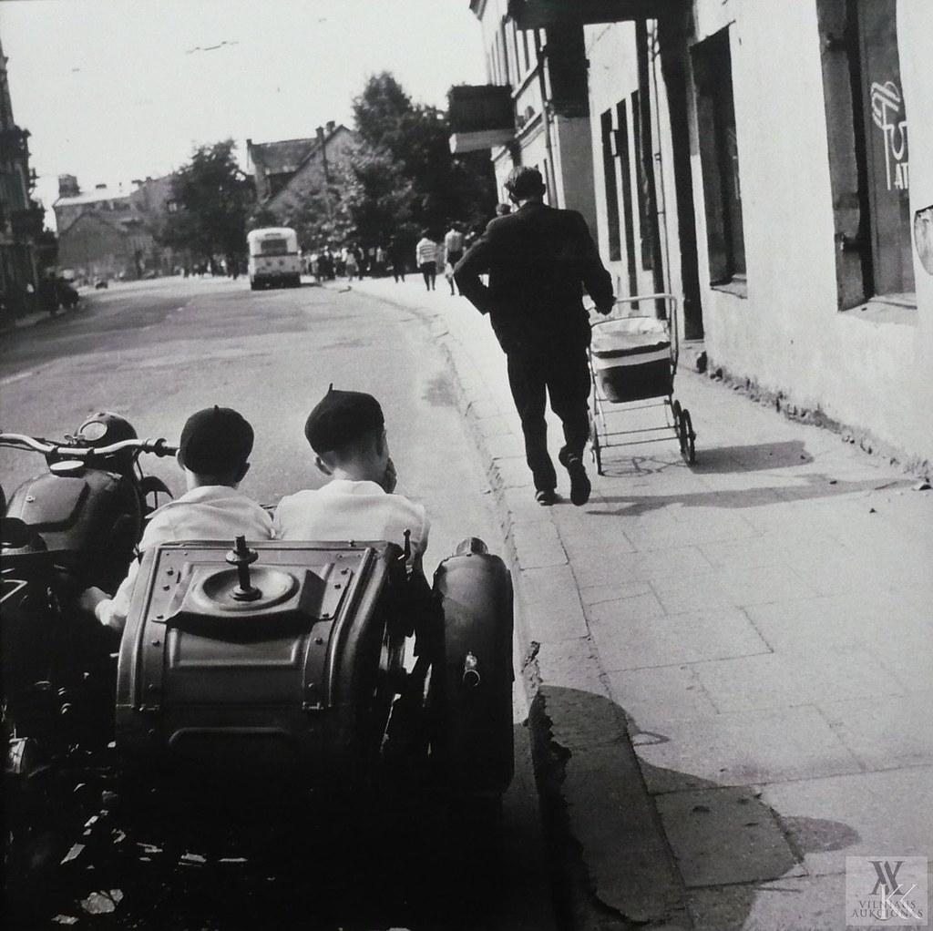 1968. Вильнюс.Улица Кальварию. Братья (2)