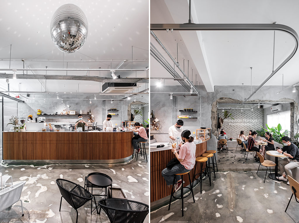 wu-cafe-interior-barista