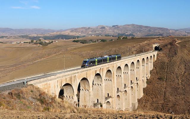 Trenitalia ALe501 , Caltanissetta, REG 23865 Caltanissetta Xirbi-Caltanissetta Centrale