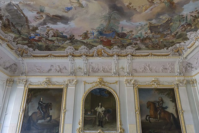 Yksi Neues Schloss Schleissheimin koristelluista saleista