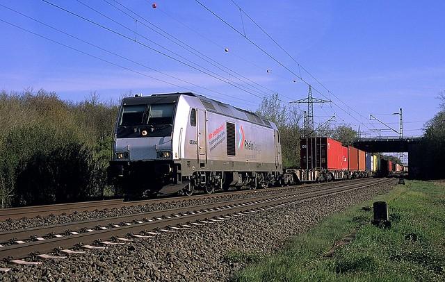 DE 804  bei Ratingen - Lintorf  26.04.21