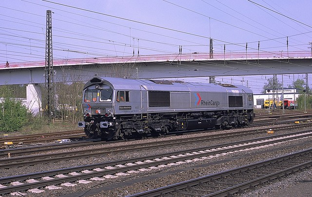 DE 668  Duisburg - Wedau  03.05.21