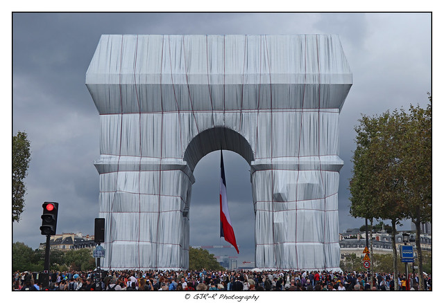 2021.09.27 Arc de Triomphe by Christo 1