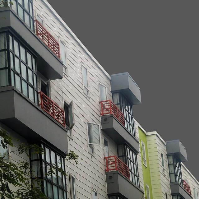 alley-side slide