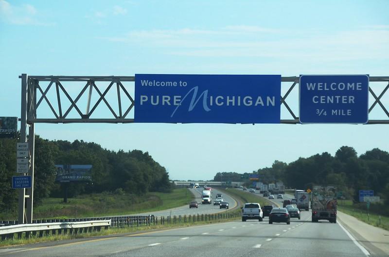 I-94 Michigan Welcome Sign