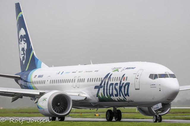 N60436 Boeing 737-MAX9 Alaska Airlines Glasgow Airport EGPF 08.10-21