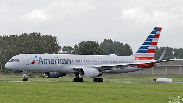American Airlines 🇺🇸 Boeing 757-200 N188AN