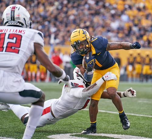 Winston Wright Jr. tries to avoid tackle (WVU vs TT)